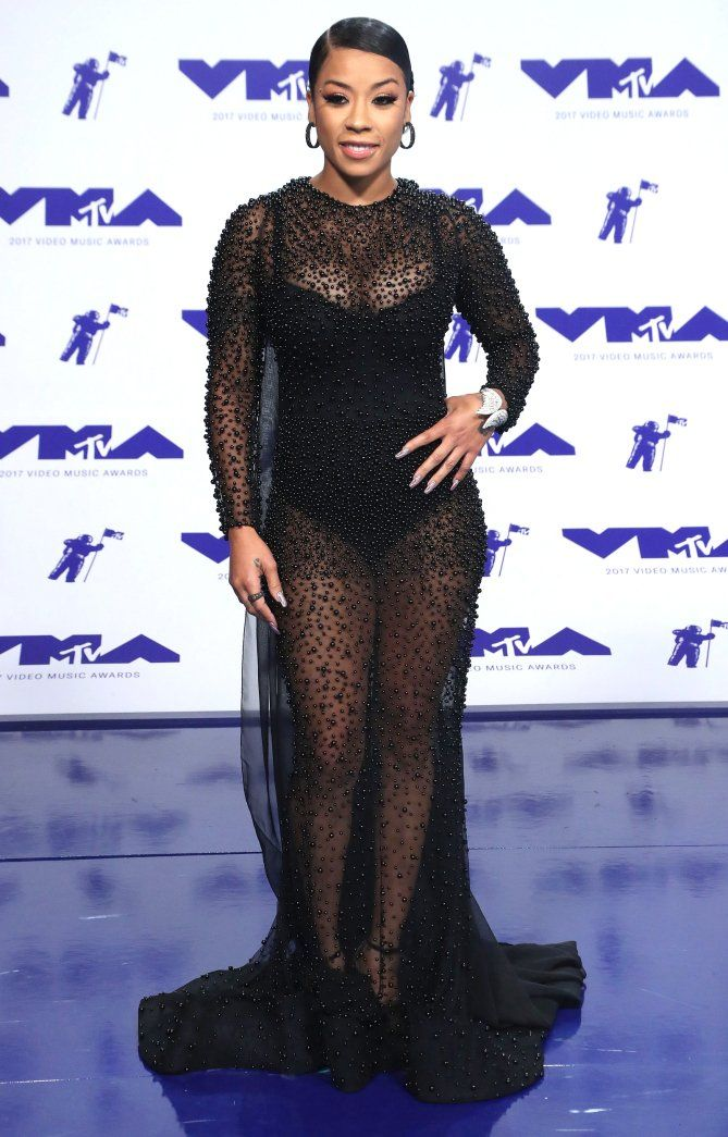The Best Boldest And Barest Looks At The Vmas Red Carpet
