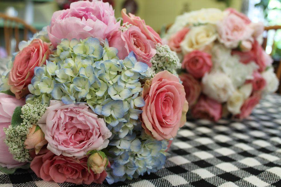 Bouquet U2013 Blue Hydrangea, Garden Roses, Peonies | Barteesflowers.