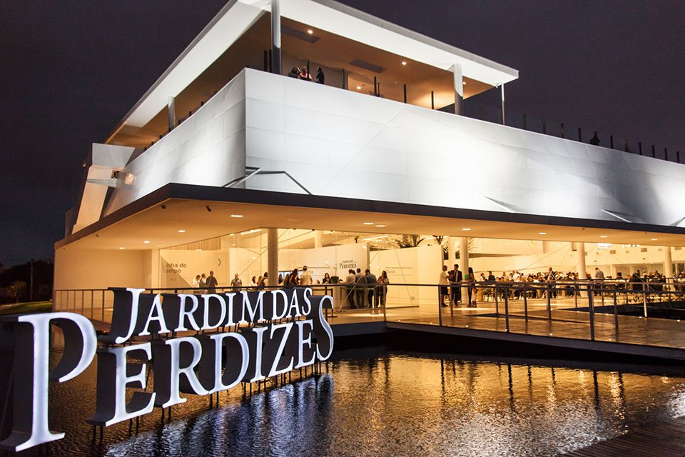 Sucesso absoluto! Mais de 12 mil pessoas já visitaram o Jardim das Perdizes. Venha conhecer o bairro planejado mais moderno de São Paulo.