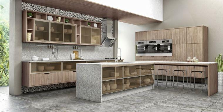 Bellissima idea per cucine in muratura con isola legno chiaro