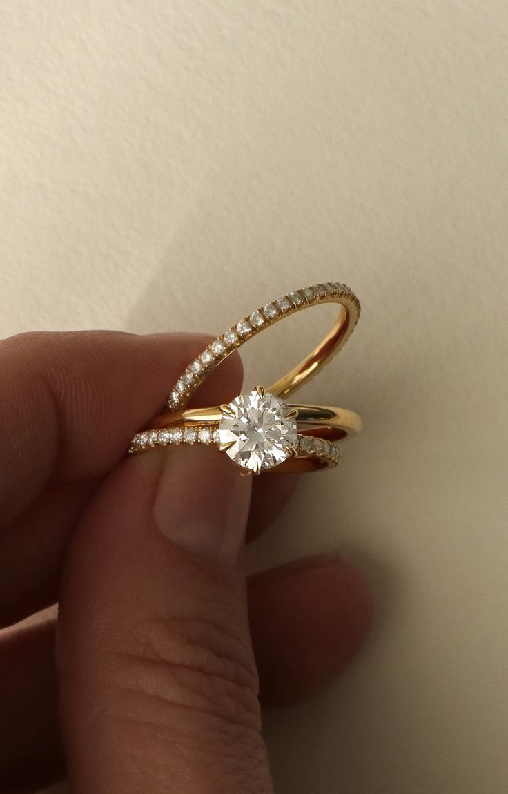 Vow Vrai Oro Wedding Solitaire Engagement Ring Modern Simple Diamond Available In 18k Yellow Gold Rose And White