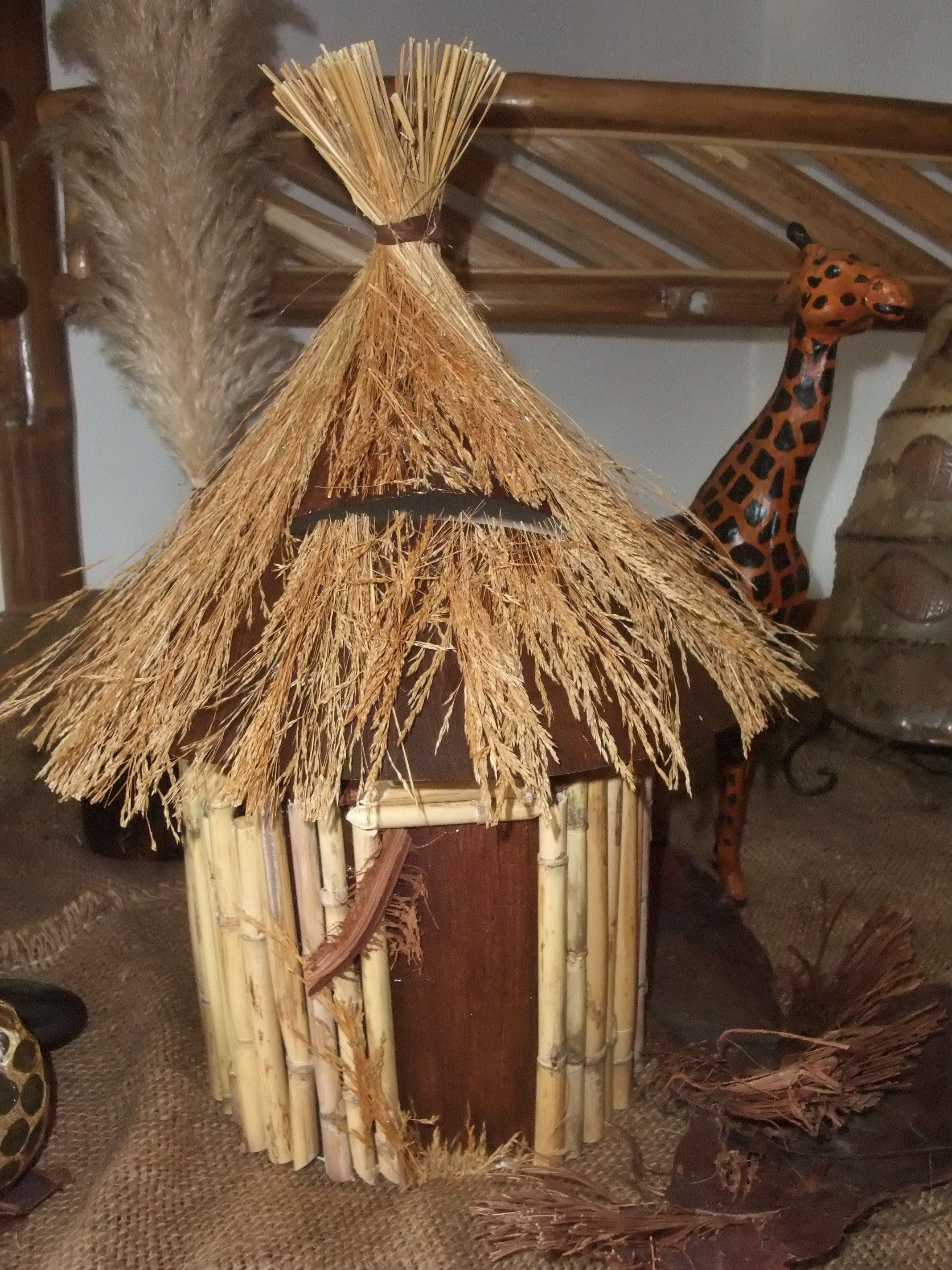 tirelire urne th me afrique livre d 39 or boite enveloppes pinterest urne tirelire. Black Bedroom Furniture Sets. Home Design Ideas