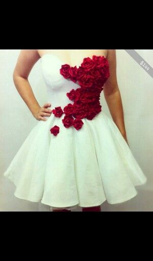 Beautiful dress i absolutely love it