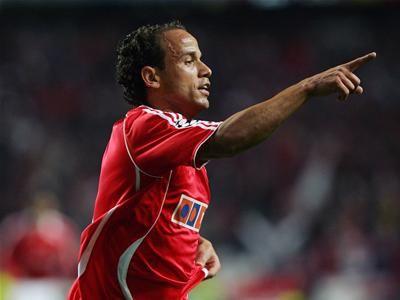 Leo, defesa esquerdo brasileiro
