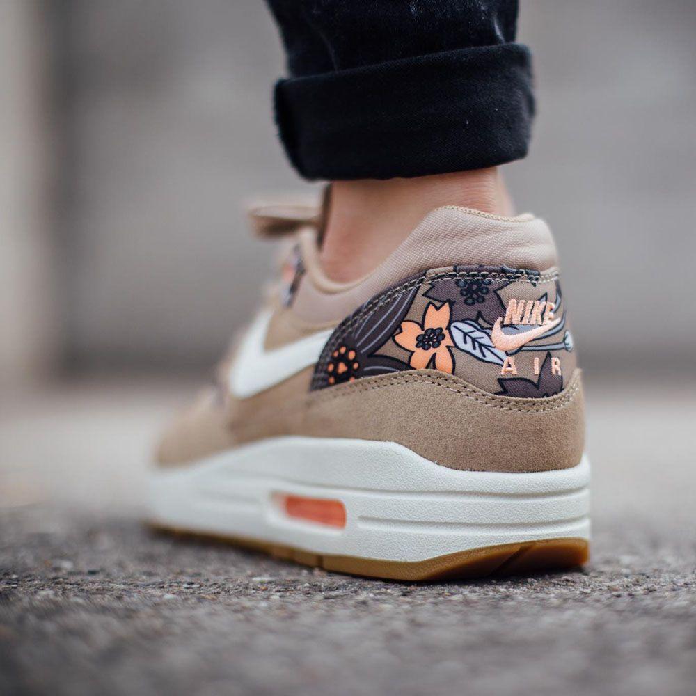 Wmns Air Max 1 Print Sneakers Men Fashion Sneakers Fashion Sneakers