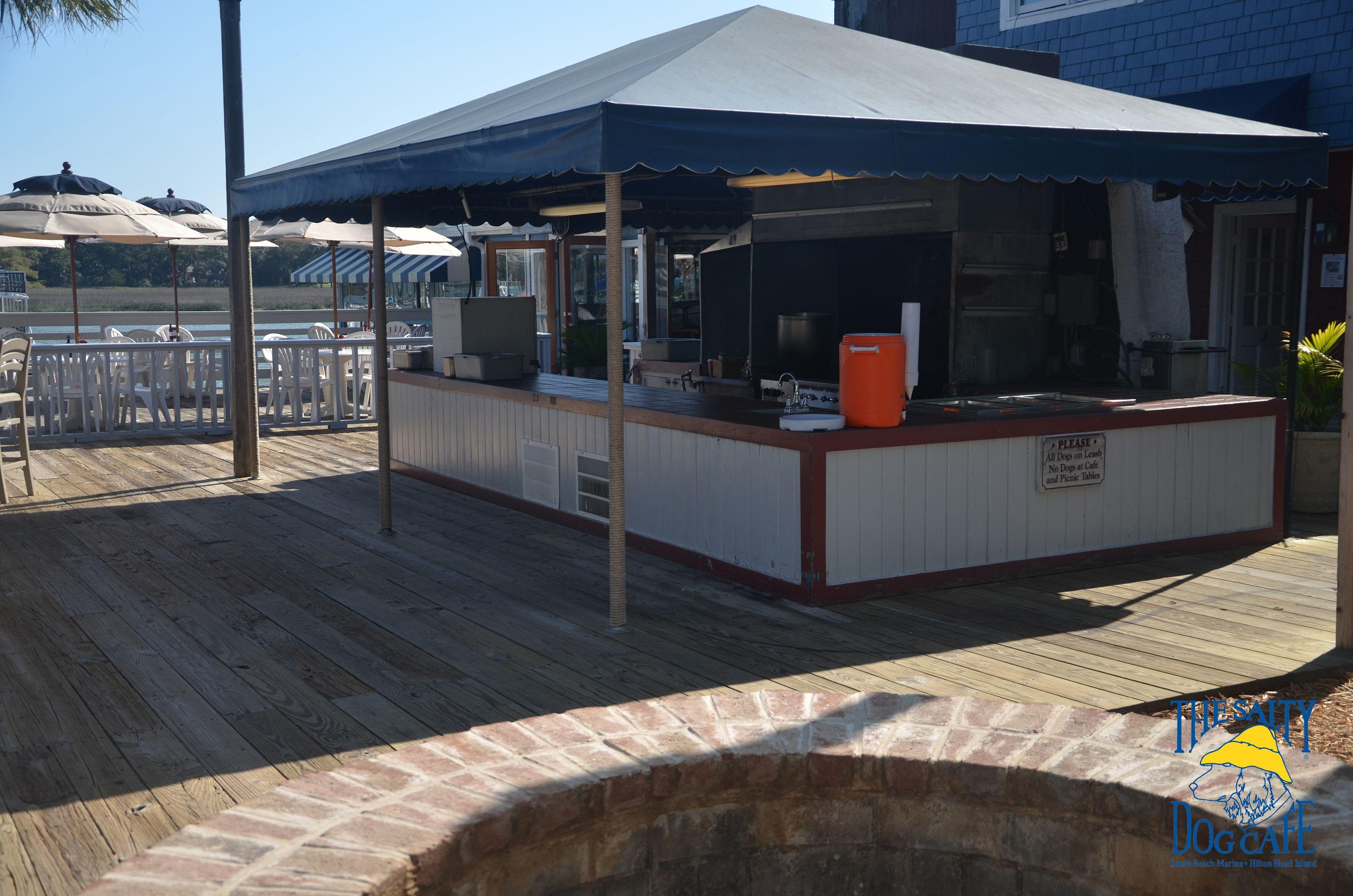 Kiwi S Island Cookout Salty Dog Cafe Outdoor Decor Dog Cafe