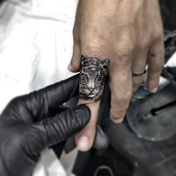 75 Finger Tattoos For Men Manly Design Ideas The Permanent