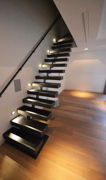 Quarter Turn Staircase / Metal Steps / Metal Frame / Without Risers KESSON  KOZAC