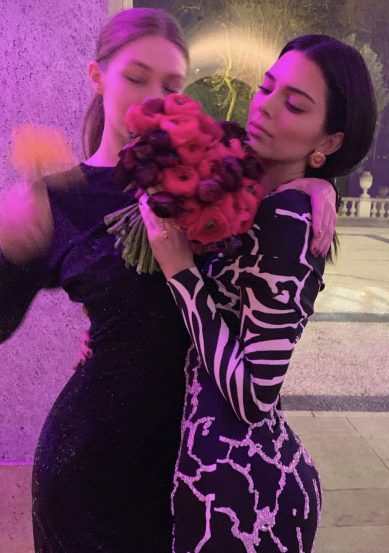 Gigi Hadid | January 24th 2016 | Full Snapchat Story | ft