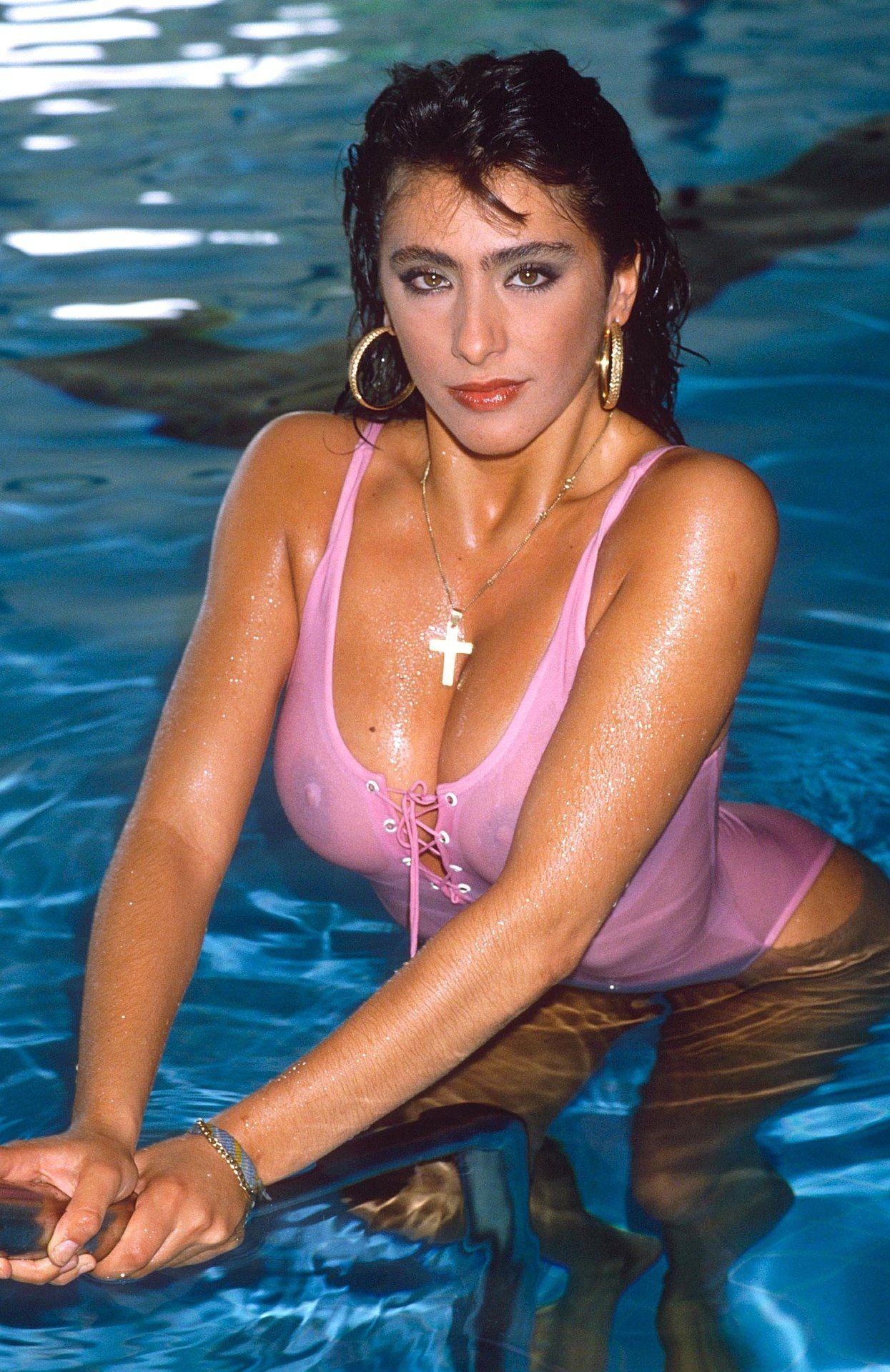Sabrina Salerno Nude Photos 24