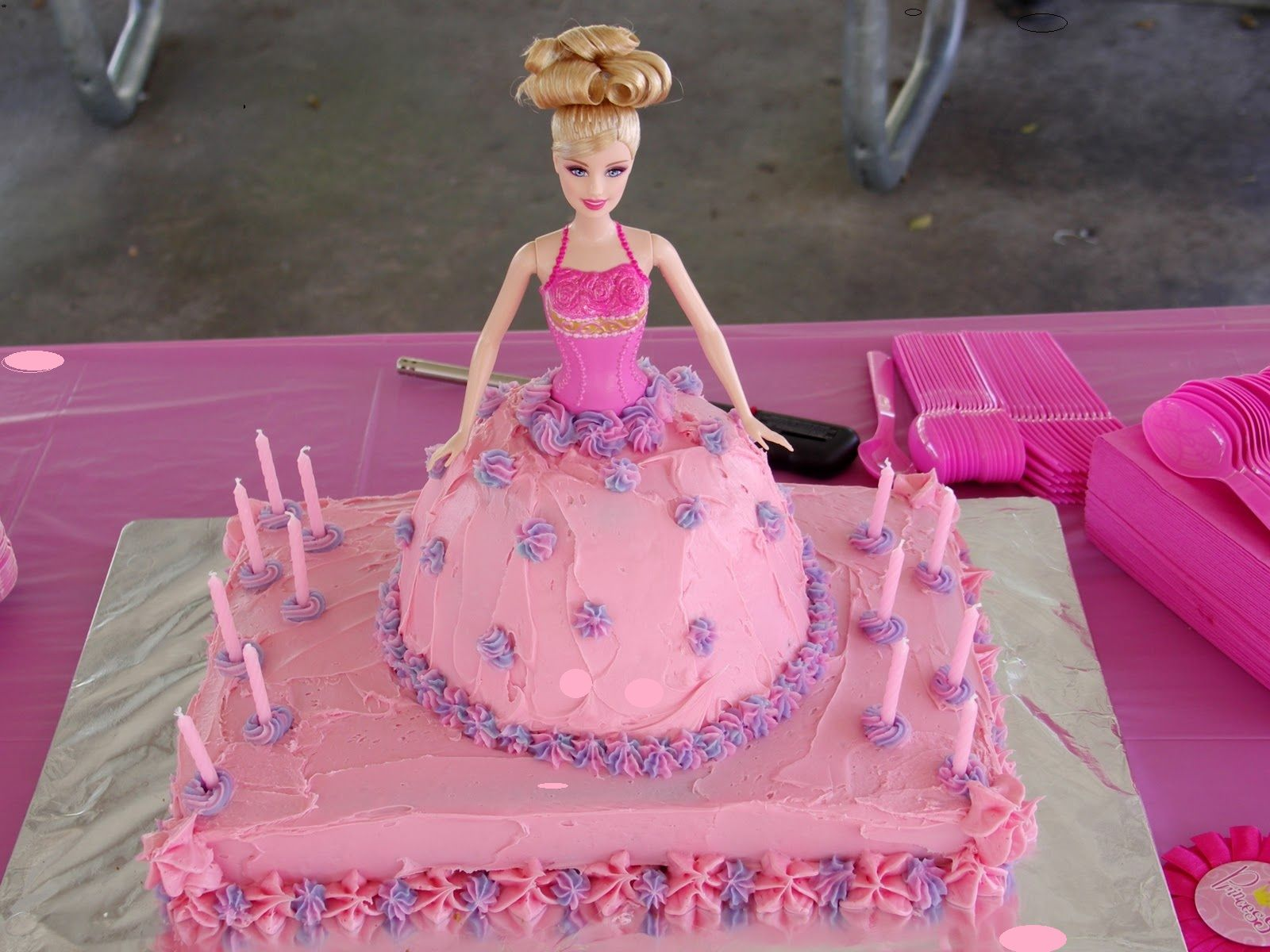 Barbie Doll Cake Images Wallpapers Free Download HD Wallpapers - Birthday cake doll designs