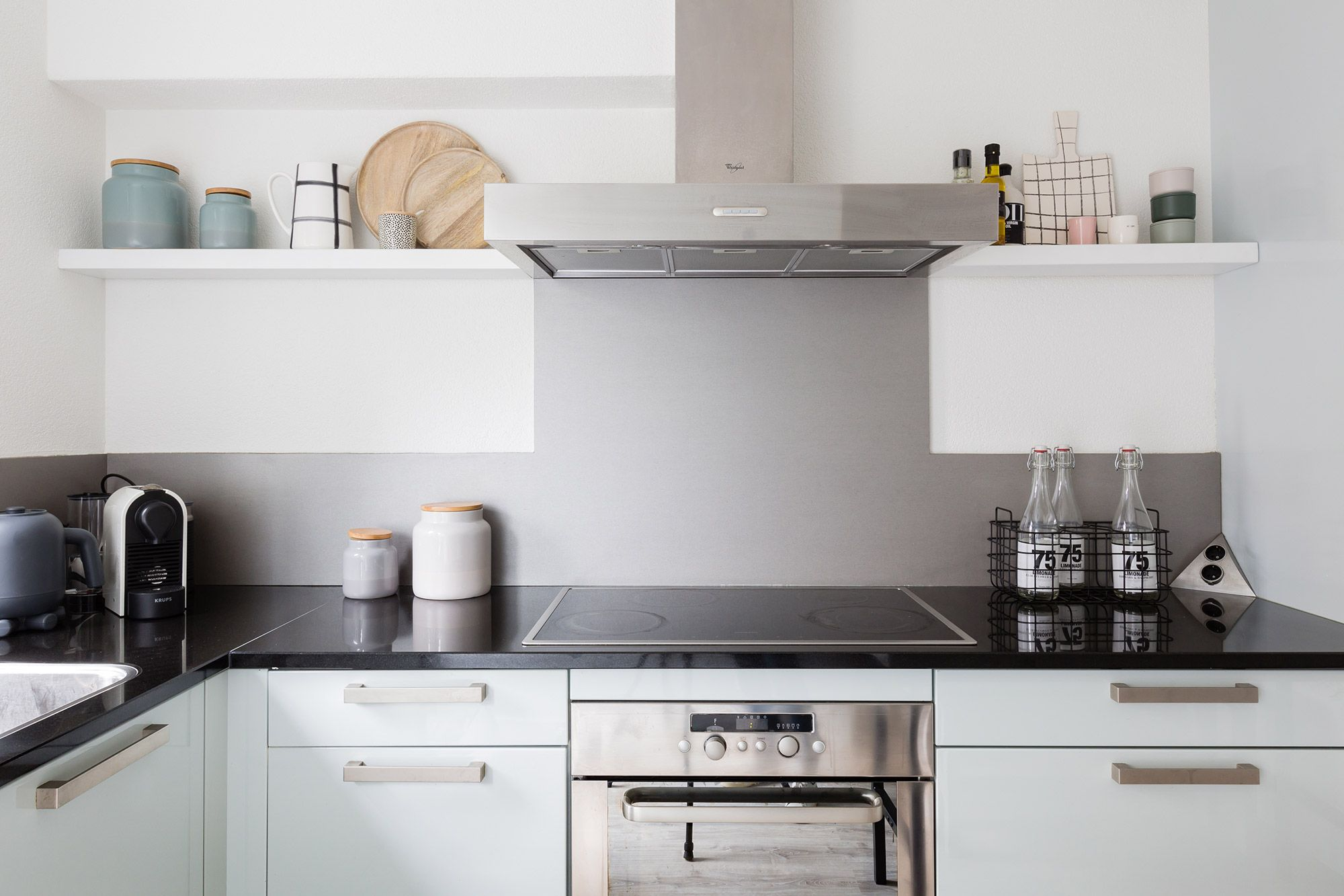 Diy zwevende planken in de keuken keuken kitchen