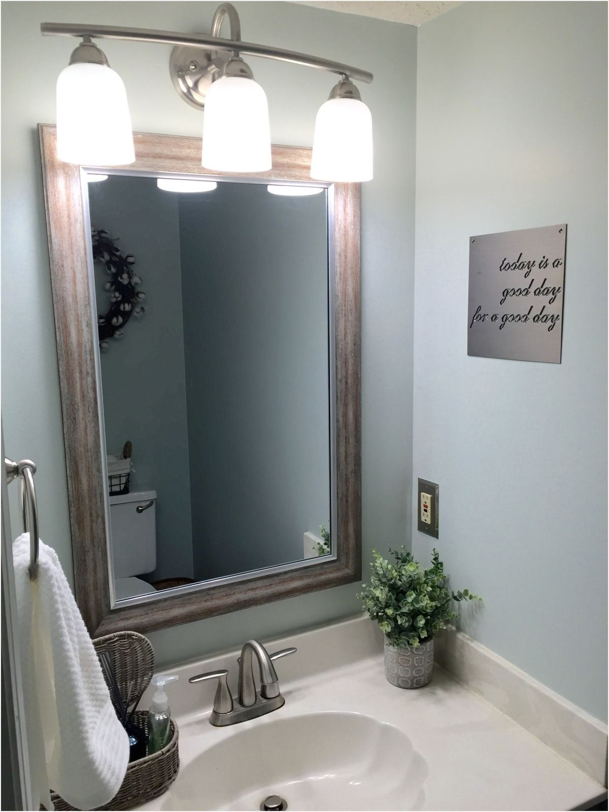 Farmhouse Half Bath Ideas 28 Small Half Baths Fixer Upper Bathroom Beautiful Bathroom Designs