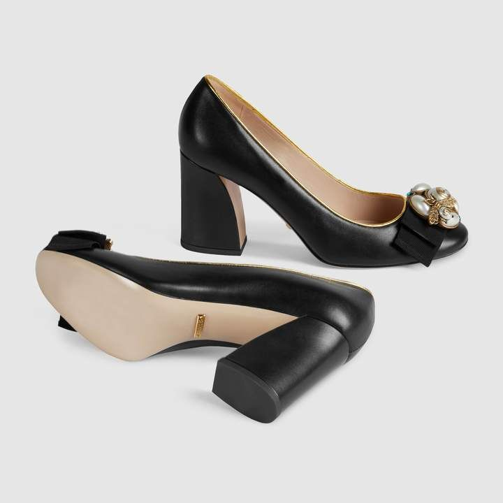 6e97f4544 Gucci Leather mid-heel pump with bee   Products   Heels, Pumps heels ...