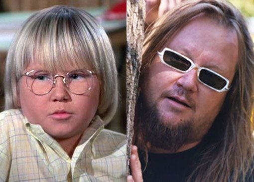 Robbie Rist starred as Cousin Oliver on Brady Bunch | Celebrities then and  now, The brady bunch, Young celebrities
