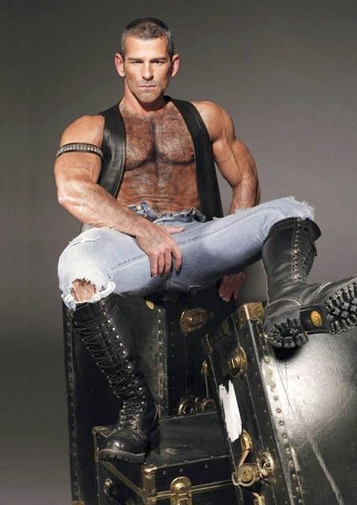 Men's sexy leather