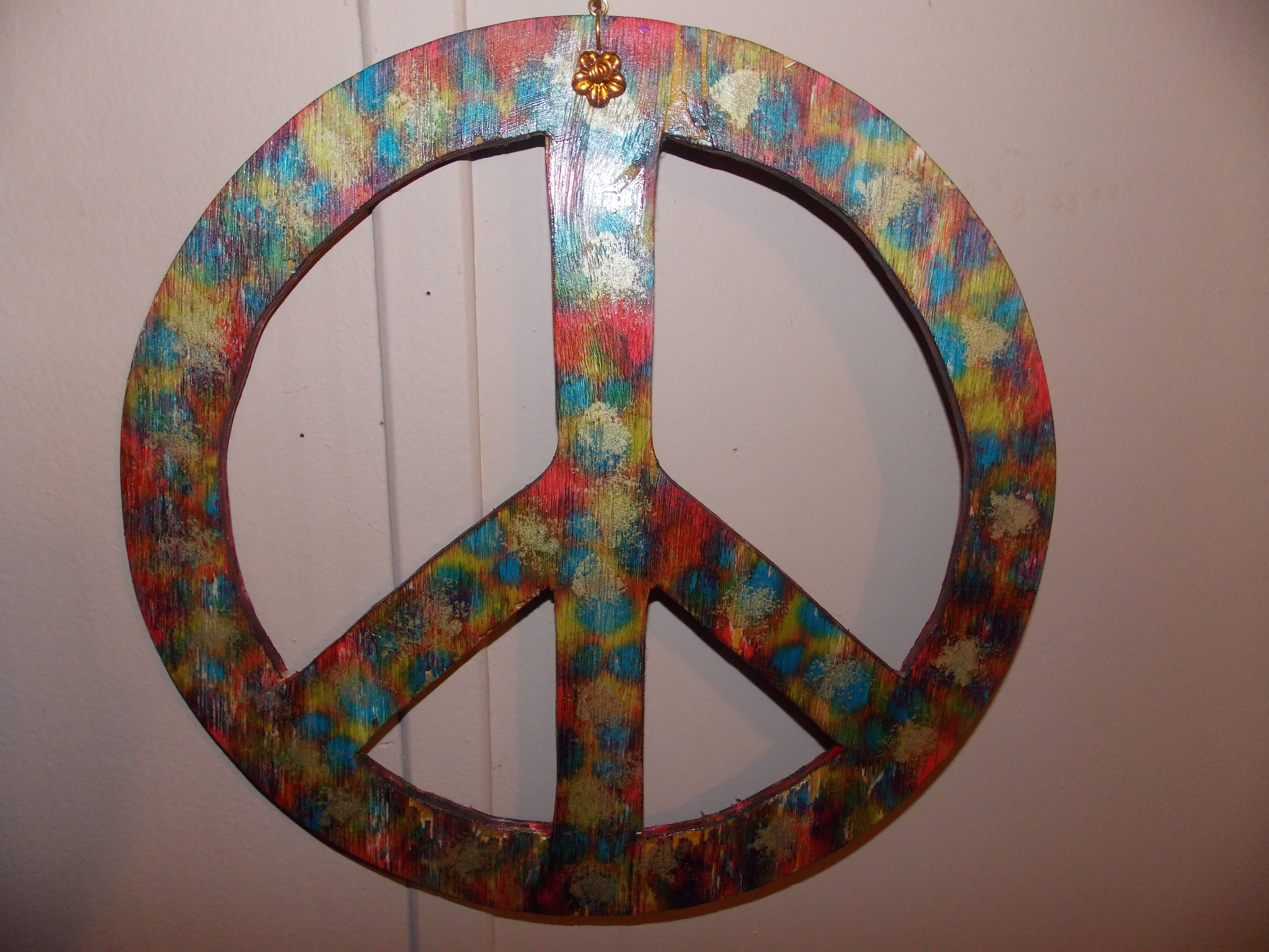 Double Sided Spinning Peace Sign