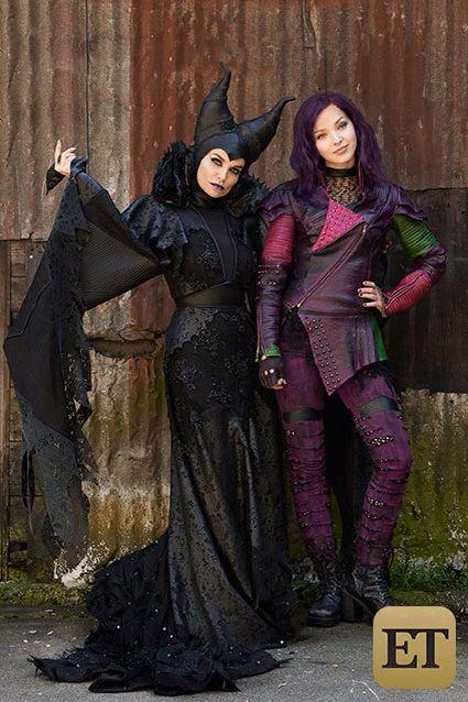 Disney Descendants Mal And Maleficent Descendientes