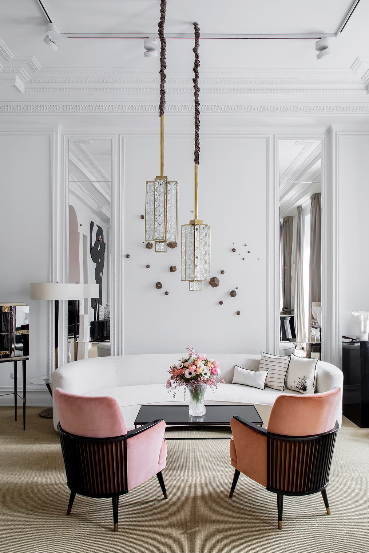 French Flair Of Interior Designer Leyla Uluhanli  The Work