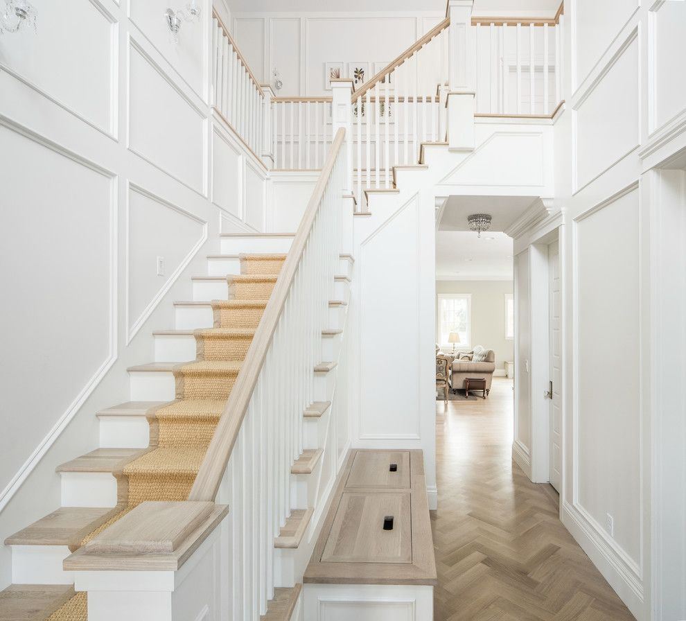 20 Excellent Traditional Staircases Design Ideas: Traditional Staircase Design Staircase Traditional With