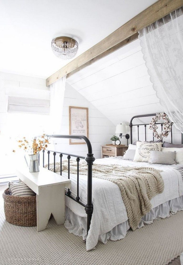 38 Remarkable Farmhouse Rustic Style Bedroom Decorating Ideas