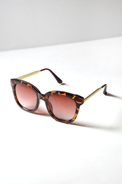 Melanie Square Oversized Sunglasses   #tortoiseshellsunglasses #sunglasses #summersunglasses
