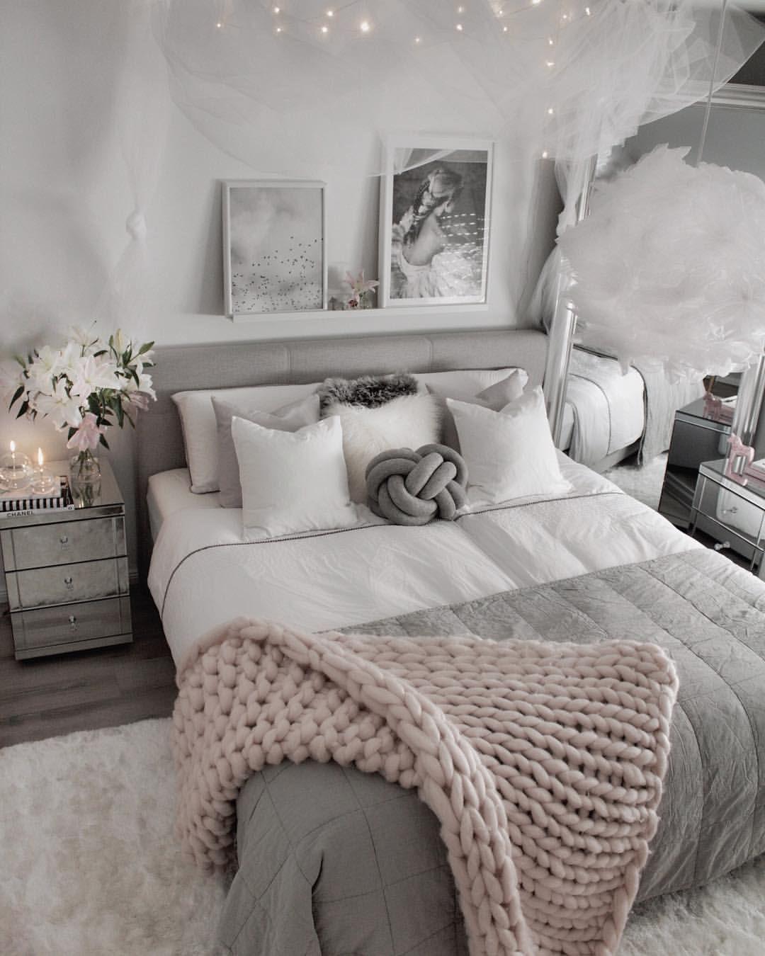 Bildet Tilh 248 Rer Picture Belongs T Bedroom Designs For Couples Small Room Bedroom Master