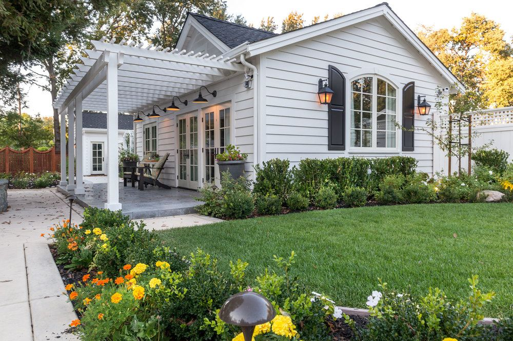 Residential | Backyard cottage, Backyard guest houses ...