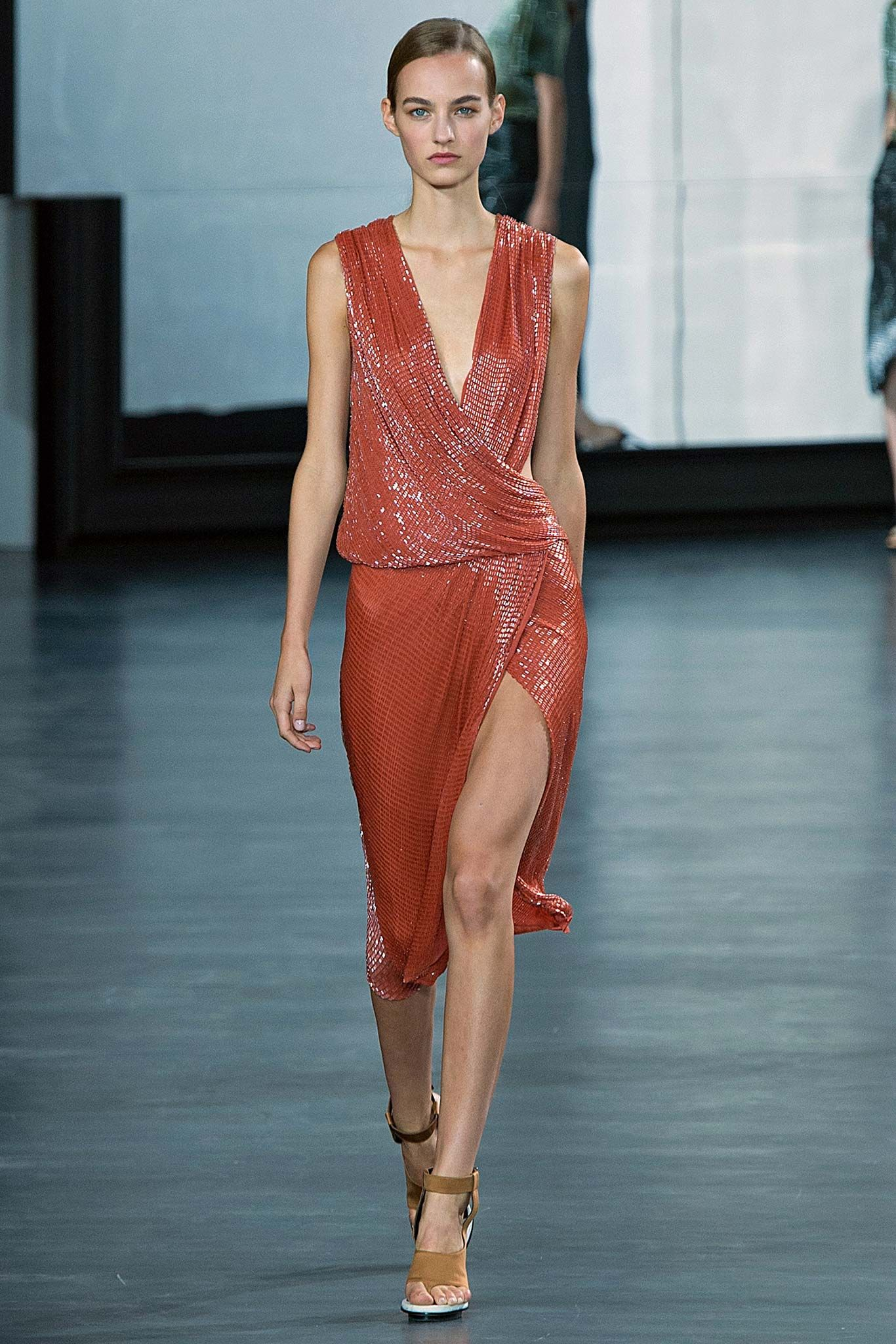 Watch New York most fashionable dresses, Spring-Summer 2015 video