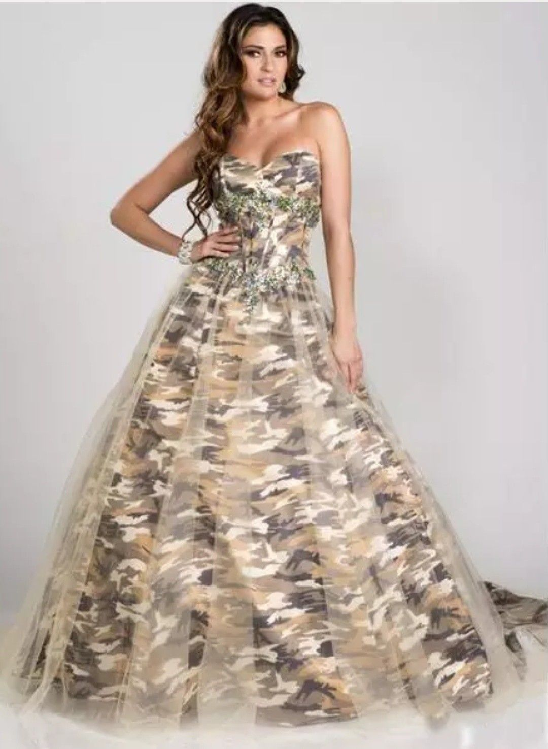 Pin by Sandy Bells on Boutique Red prom dress long, Camo