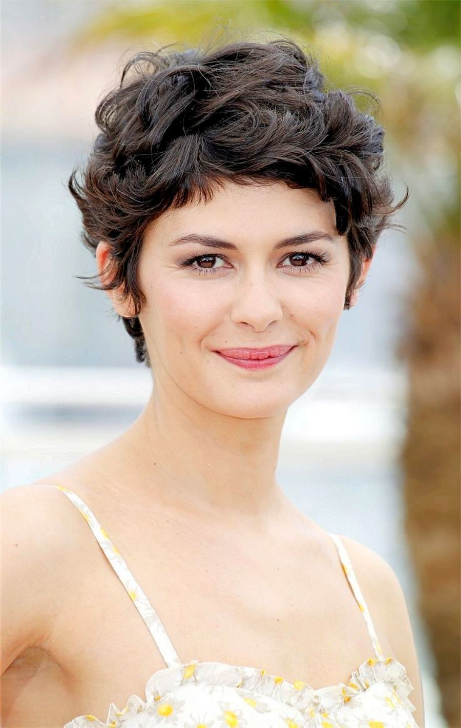Short Hairstyles For Curly Hair Women hair color trend
