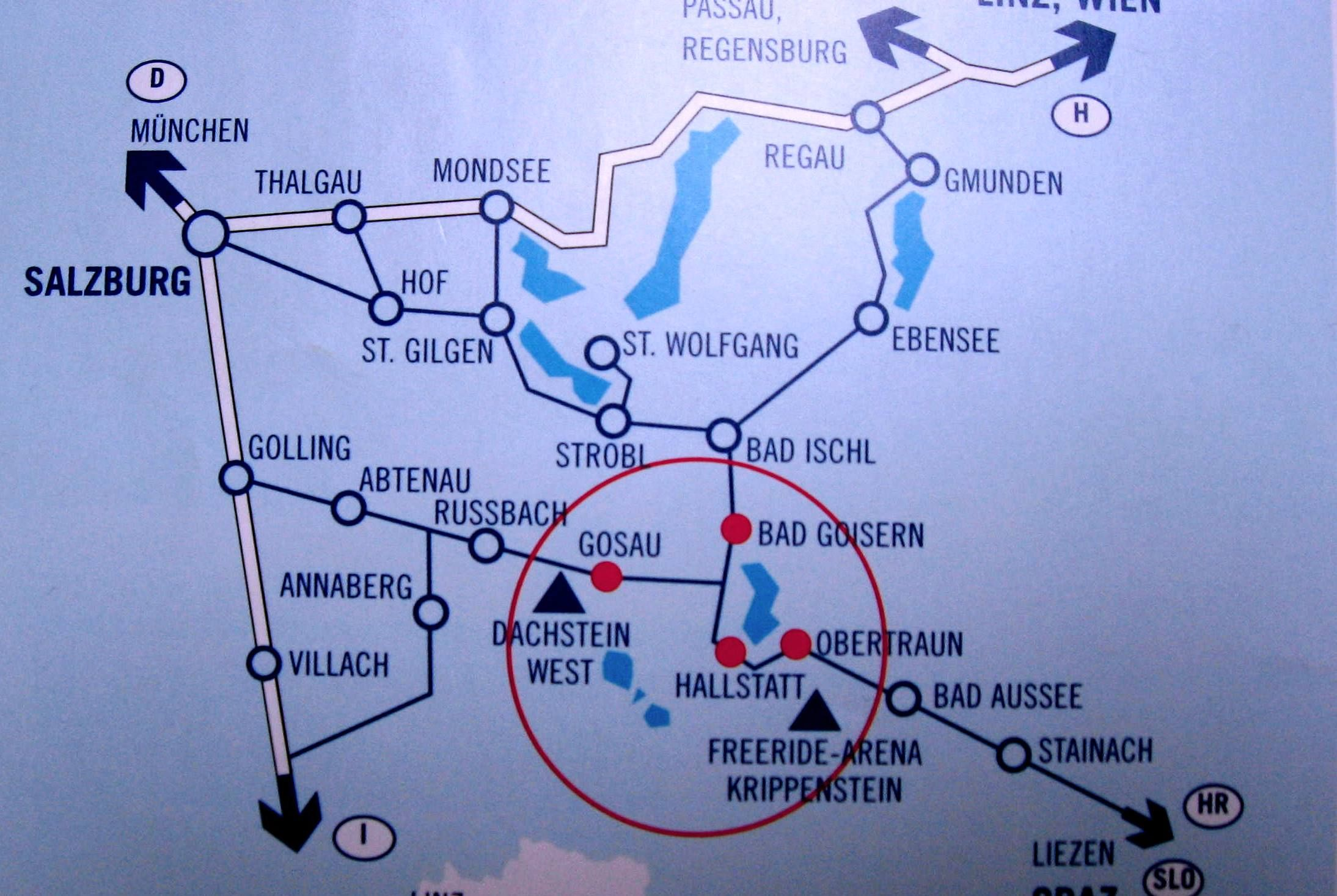 Where is Hallstatt located on map of