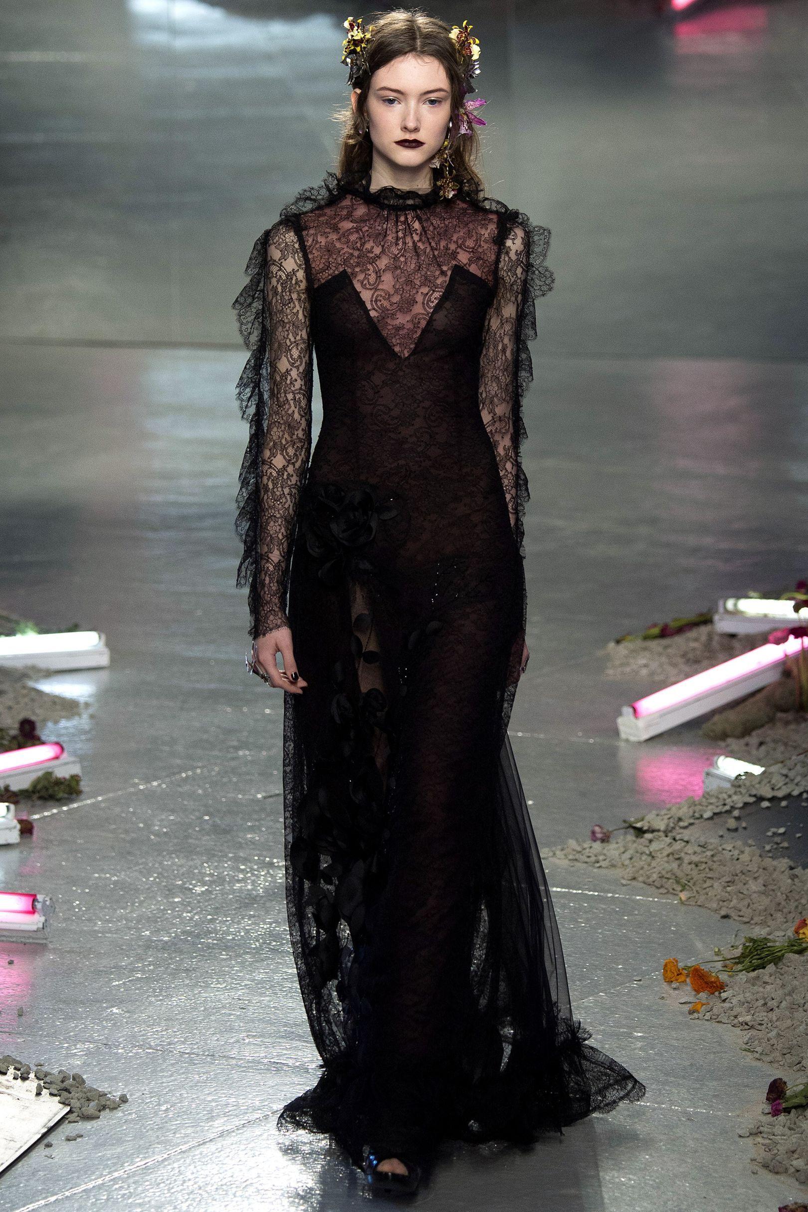 Rodarte Autumn/Winter 2016 Ready-To-Wear Collection | British Vogue