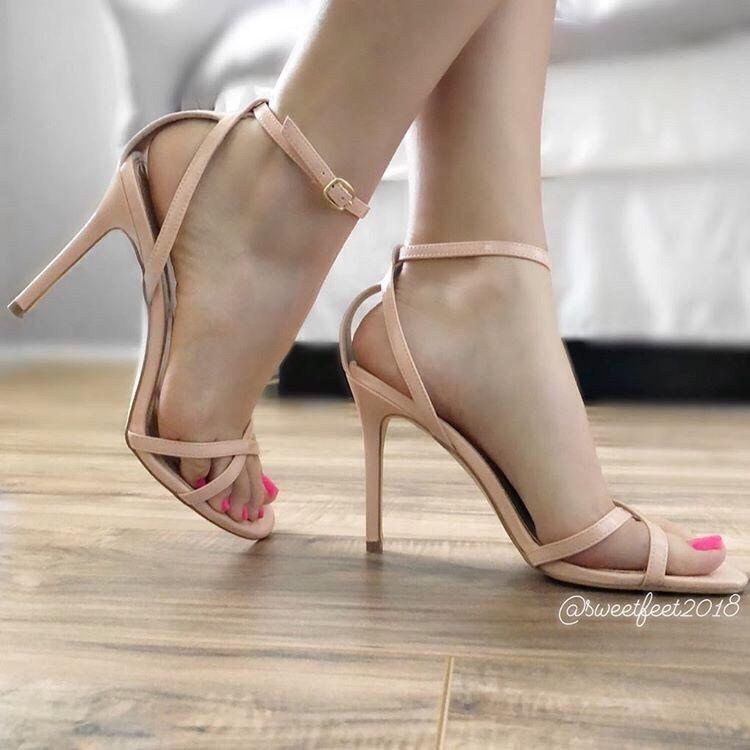 7,636 Me gusta, 34 comentarios - Yo Amo los Zapatos