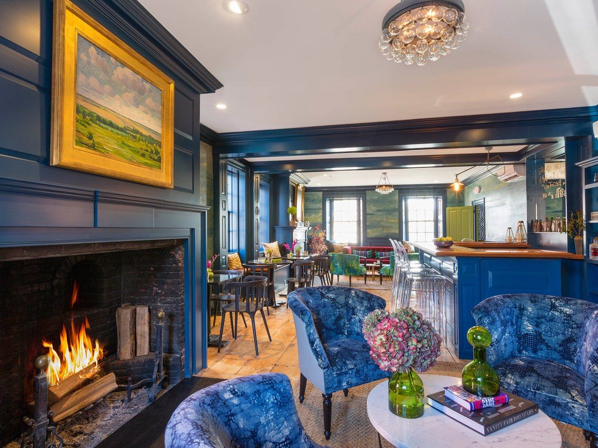 10 Hotel Fireplaces to Help You Escape the Winter Cold