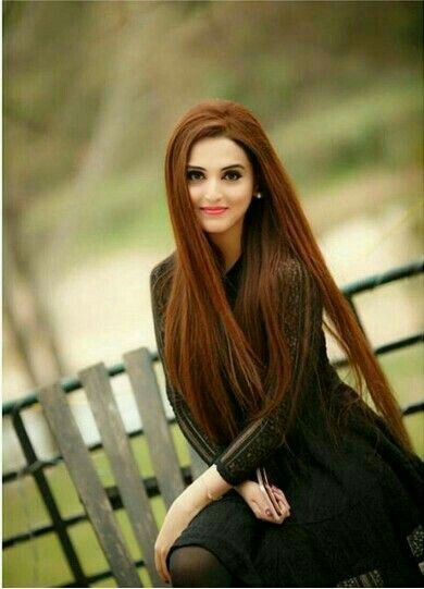 Pin By Aiza Khan On G ŕĺ Dpz Long Hair Styles Diy Hairstyles Easy Girl Poses