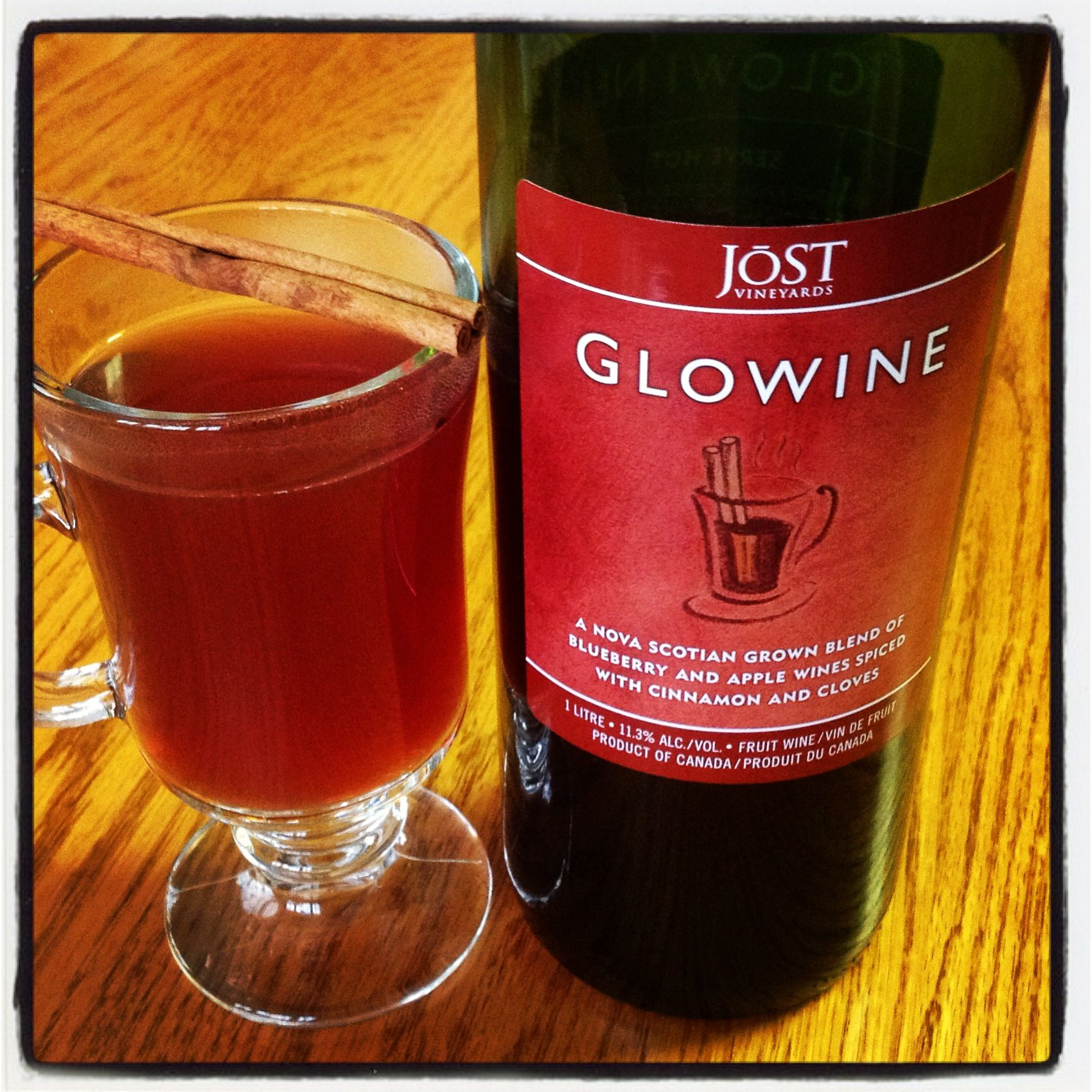 Love Glowine Mixing Equal Parts Of Local Organic Apple Cider With Jost Vineyards Glowine Brought To A Simmer Apple Wine Organic Apple Cider Mulling Spices