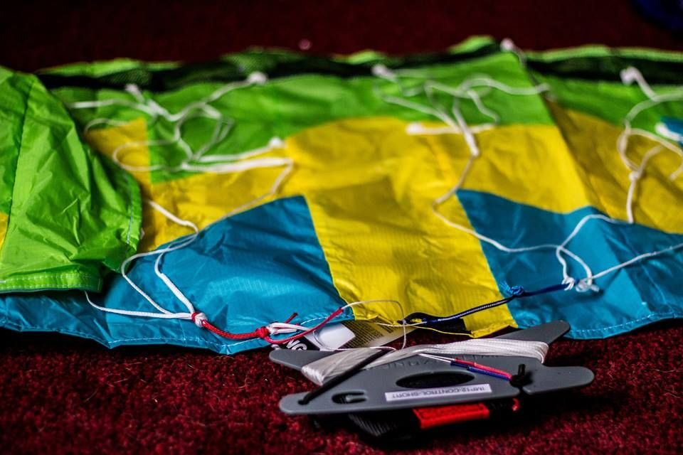 This is a prototype 2.5 meter Power kite perfect for improvement of skills once acquired through a less powerful 1 meter kite. It provides on windy days more than enough power to slide gracefully across the sand #active #outdoor #kiting #notech #extreme sport #rt #openfollow #trending #followback #still #ready