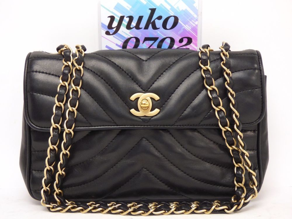 32bb0d513430 r58555 Auth CHANEL Black Lambskin Leather Turn Lock Chain Shoulder Bag Gold  HW