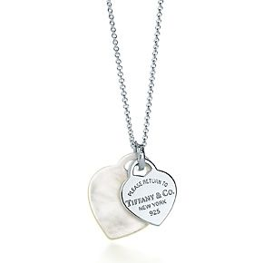 Return to Tiffany™ double heart pendant in mother-of-pearl and sterling silver.