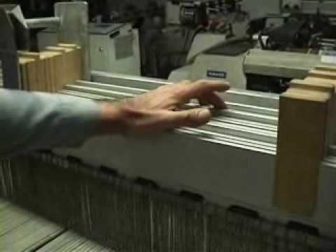 La tessitura (2). Rottura di un filo. I licci. - YouTube