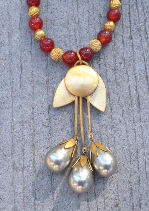 Vintage Necklace by d3tennis on Etsy, $40.00