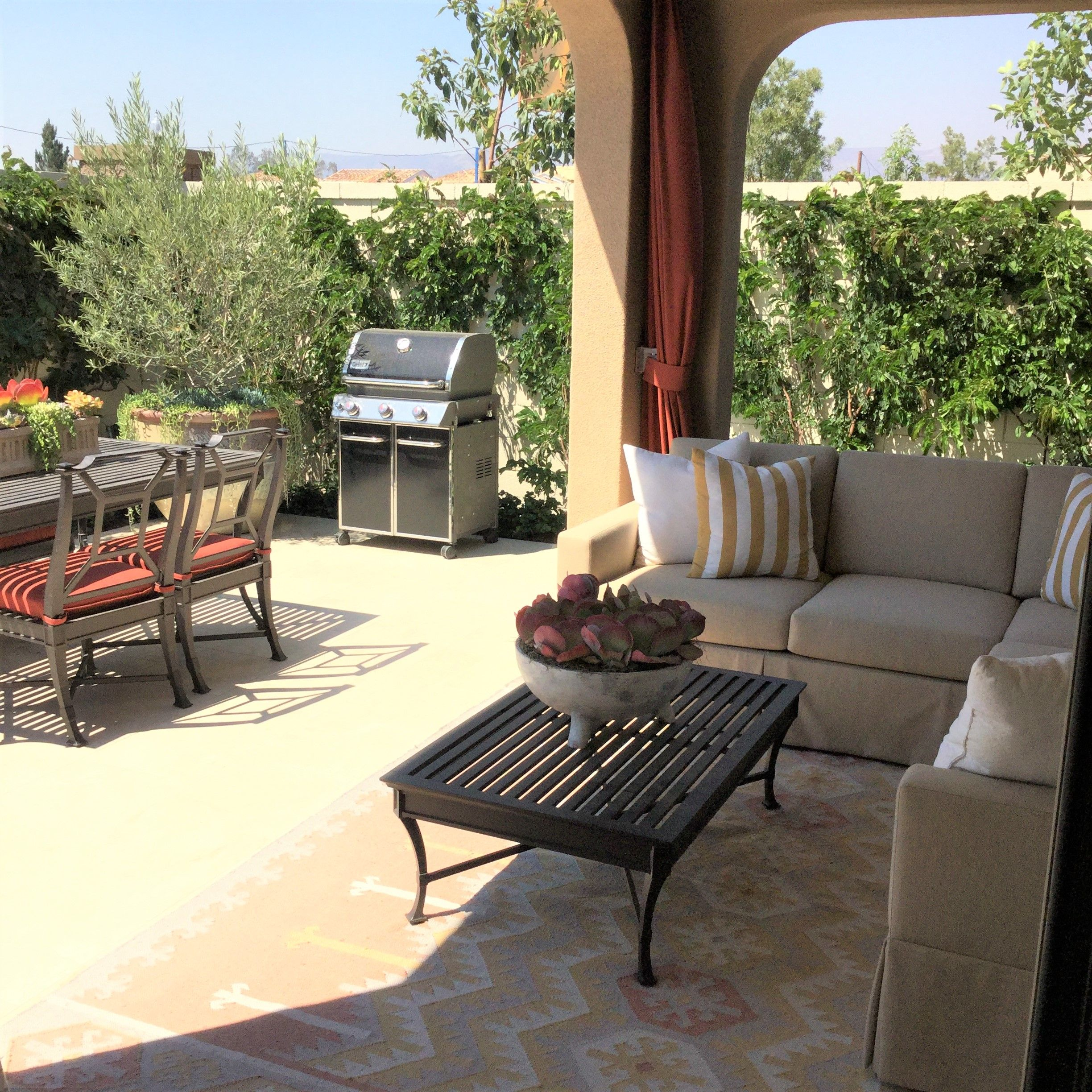 Enjoy The Sunshine At Belvedere In Eastwood Village #Irvinepacific -