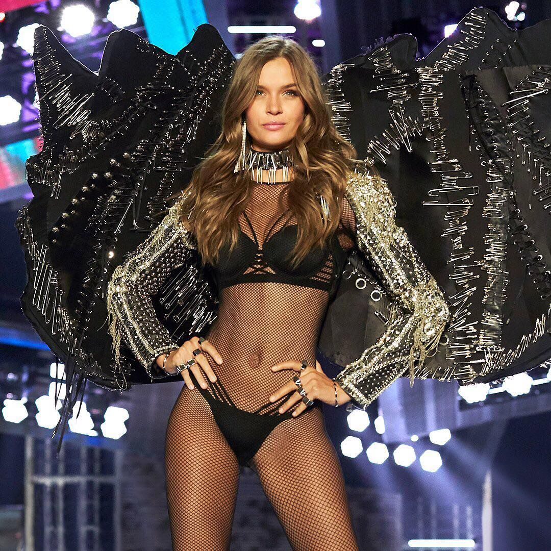 713cac5d912c 2017 VSFS | VS X Balmain | Punk Angels | Victoria's Secret | Fashion ...