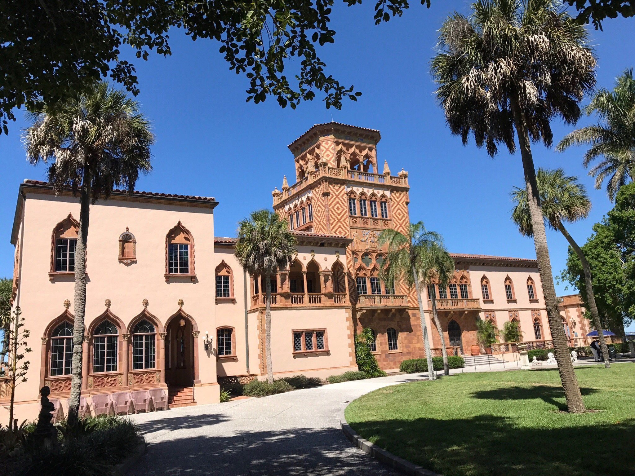 The Magnifcent And Opulent Moorish Syle Mansion Named Ca D Zan Known As The Ringling For John Ringling C 1924 Mansions Sarasota Trip Advisor