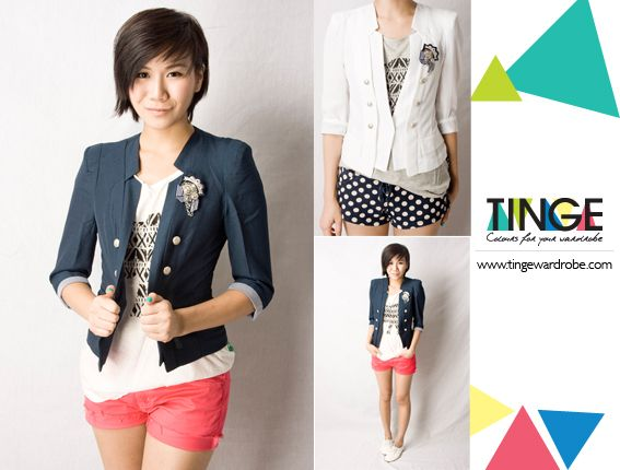 Smart casual blazer with military buttons. Agnes & Maurice's sartorial choice!