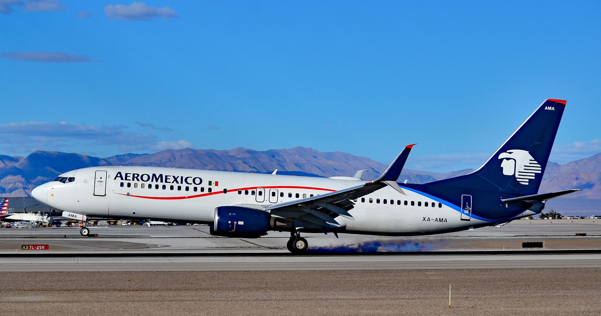 XAAMA AeroMexico 2012 Boeing 737852 (C/N 36700/4137