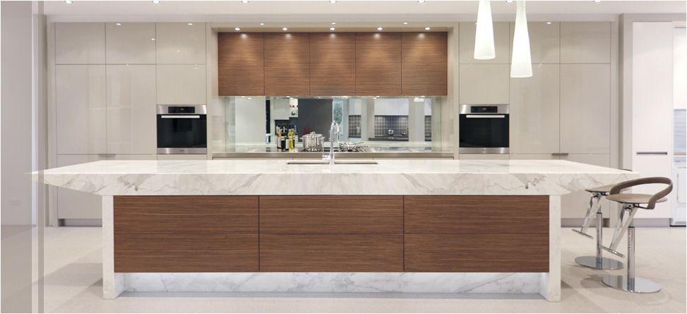 Sydney\'s Luxury Kitchen Showroom   Kitchen showrooms, Luxury ...