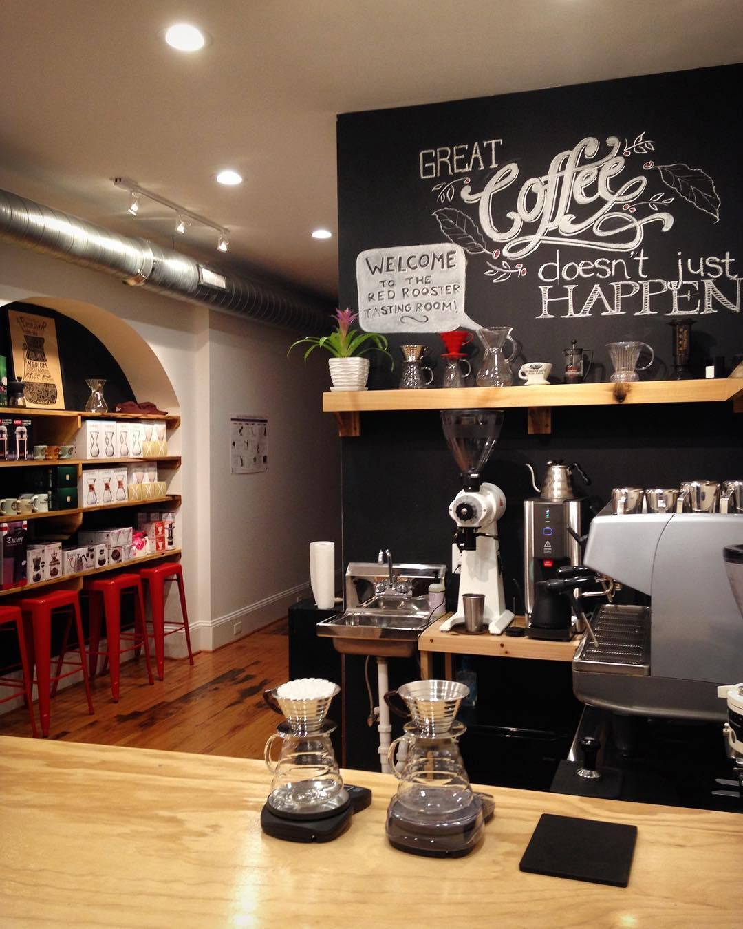 Red rooster coffee tasting room lab roanoke va