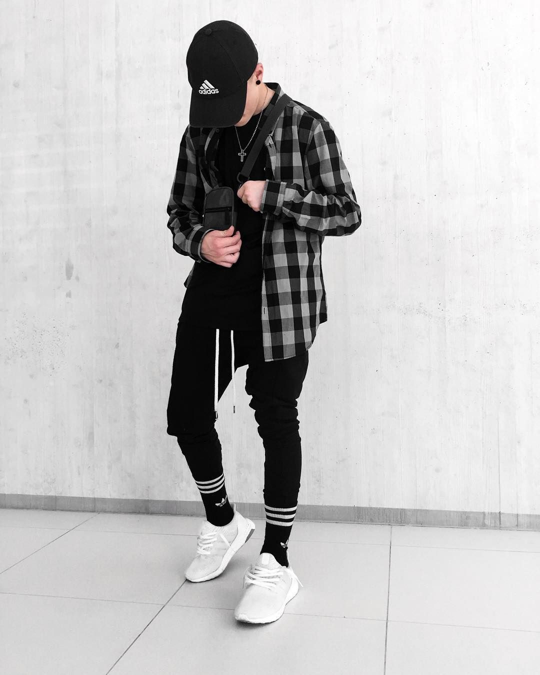 Pin by Ricky Munoz on Men s Fashion in 2019  44fc9bcd98a4